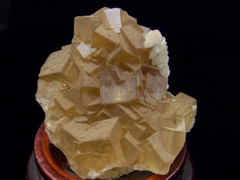 09-00385 Fluorite with Calcite